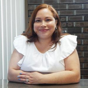 Andrea Profile 300x300 1